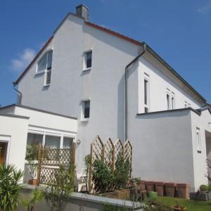 Algenfrei Fassade nach der Fassadenreinigung